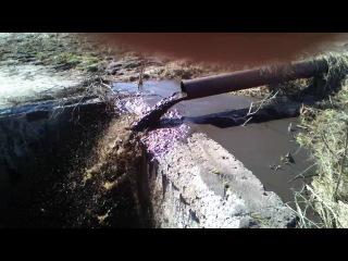 Вот так загрязняют Оку в Калуге